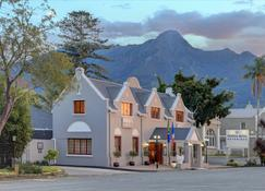 Protea Hotel by Marriott George Outeniqua - George - Budynek