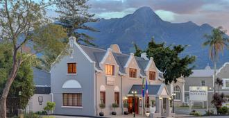 Protea Hotel by Marriott George Outeniqua - George