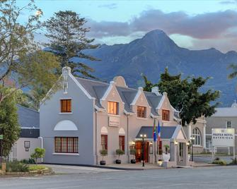 Protea Hotel by Marriott George Outeniqua - George - Building