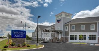 Fairfield Inn and Suites by Marriott Cape Cod Hyannis - Hyannis - Gebäude
