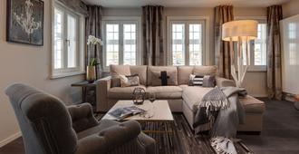 Hotel Hafen Flensburg - Flensburg - Living room
