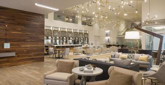 DoubleTree by Hilton Dallas - Love Field - Dallas - Bar