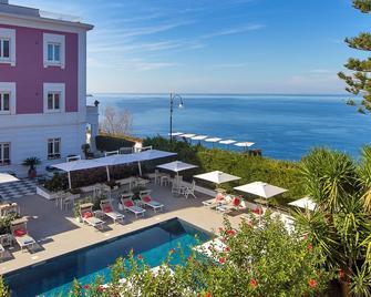 Hotel Villa Garden - Sant'Agnello - Pool