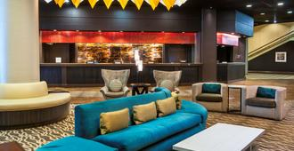 DoubleTree by Hilton Los Angeles Downtown - Los Angeles - Area lounge