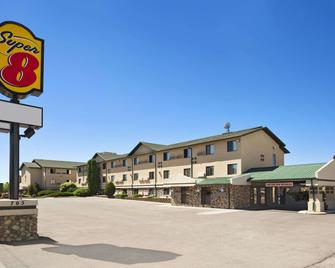 Super 8 by Wyndham Idaho Falls - Idaho Falls - Building
