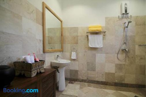 Sea Dream Resorts - Dauin - Bathroom