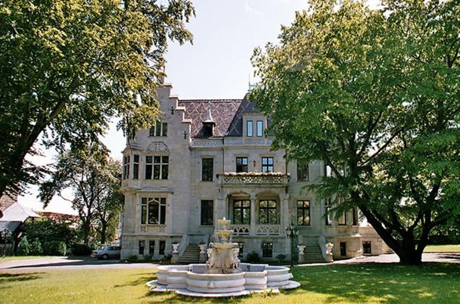 Schlosshotel Zum Markgrafen - Quedlinburg - Rakennus