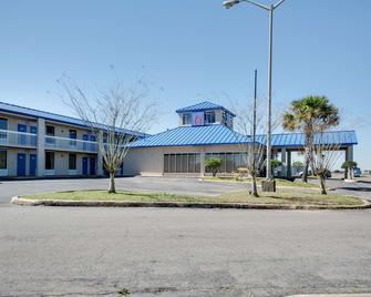 Motel 6 Jennings, LA - Jennings - Gebouw