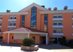 Hotel Riviera - Lisboa - Edificio