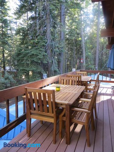 Donner Lake Inn B&B $195 ($̶2̶3̶5̶)  Truckee Hotel Deals