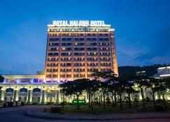 Royal Halong Hotel - Ha Long - Building