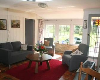 Rustic and child friendly apartment in the open, Schoorl (municipality Bergen) - Schoorl