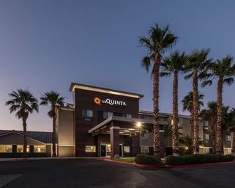 La Quinta Inn by Wyndham Las Vegas Nellis - Las Vegas - Building