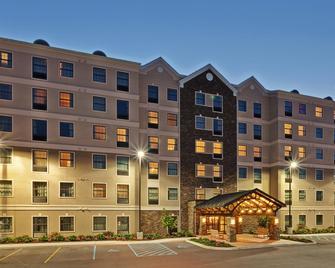 Staybridge Suites West Seneca - West Seneca - Budova