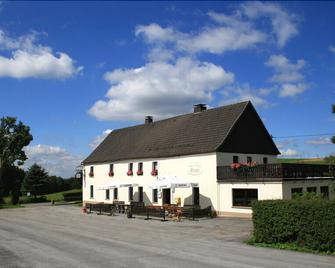 Gasthof Pension Ermes - Sundern - Building