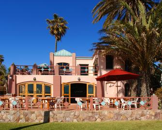 Estero Beach Hotel & Resort - Ensenada - Κτίριο