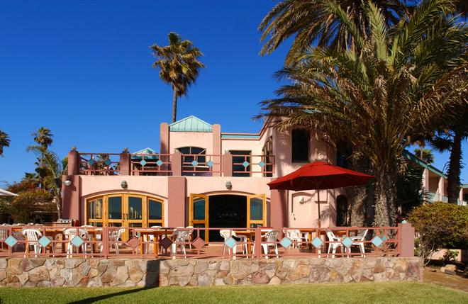 Estero Beach Hotel & Resort - Ensenada - Building