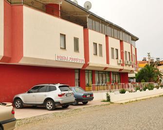 Dikili Pansiyon - Dikili - Building