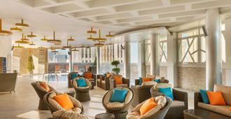 Tryp By Wyndham Abu Dhabi City Center - Abu Dhabi - Lounge