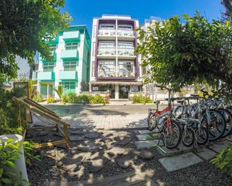 Hotel Ocean Grand at Hulhumale - Hulhumale - Building