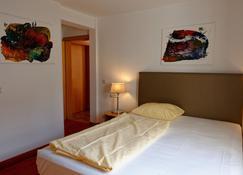 Salischer Hof - Schifferstadt - Bedroom