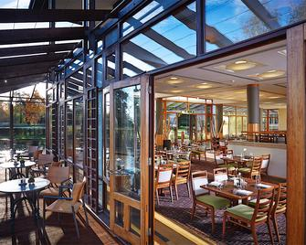 Fanhams Hall, Exclusive Collection - Ware - Restaurace