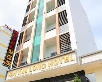 Van Kim Long - Sa Dec - Building