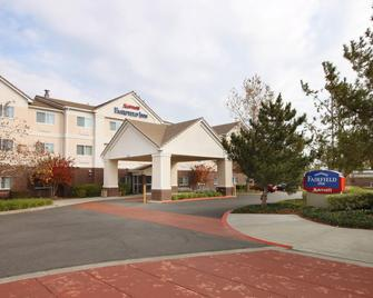 Fairfield Inn by Marriott Vacaville - Vacaville - Edificio