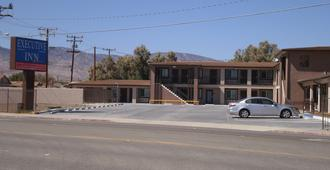 Executive Inn Mojave - Mojave - Building