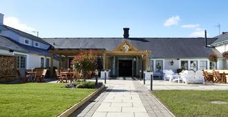 The Bluebird Inn At Samlesbury - Blackburn - Innenhof