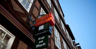 Hotel Borchers - Celle - Building