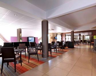 Hôtel Mercure Luxeuil-les-Bains Hexagone - Luxeuil-les-Bains - Bar