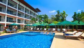 Lamai Coconut Beach Resort - Koh Samui - Pool