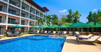 Lamai Coconut Beach Resort - קו סאמוי - בריכה