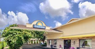 Days Inn by Wyndham Seattle South Tukwila - Tukwila