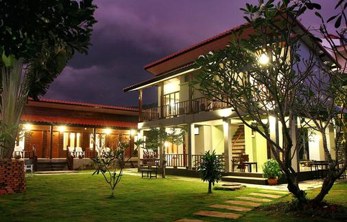 Lanta Thip House - Ko Lanta - Κτίριο