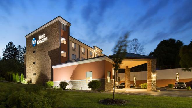 Best Western University Inn at Valparaiso - Valparaiso - Gebäude