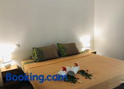 Lokai house - Vaitape - Bedroom