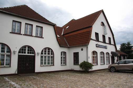 Hotel Zum goldenen Stern - Niewitz - Building