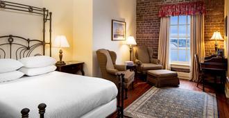 River Street Inn - סאוואנה - חדר שינה