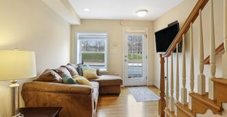 Luxury Parkfront Haven - Family-Friendly With Hot Tub - Baltimore - Sala