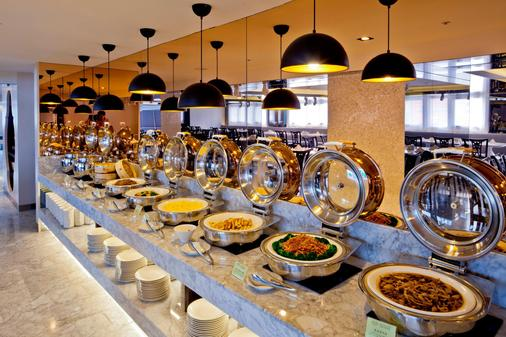 Royal Seasons Hotel Taichung Zhongkang - Taichung - Buffet