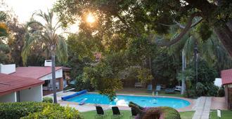 Hotel Jacarandas - Cuernavaca - Pool
