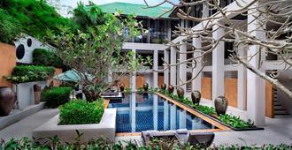 Manathai Surin Phuket - Choeng Thale - Piscina