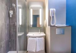 ibis Lille Villeneuve-d'Ascq Grand Stade - Villeneuve-d'Ascq - Bathroom