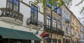 Guest House Porto Clerigus - Porto - Building
