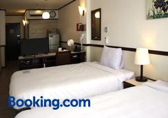 Toyoko Inn Cebu - Mandaue City - Κρεβατοκάμαρα
