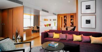 Marriott Executive Apartments Bangkok, Sukhumvit Thonglor - Bangkok - Living room