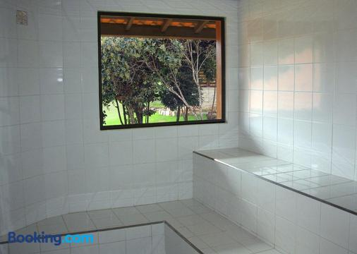 Bosque Dos Beija-Flores Pousada e Spa - São Thomé das Letras - Bathroom