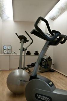 色日酒店 - 波爾多 - 波爾多 - 健身房